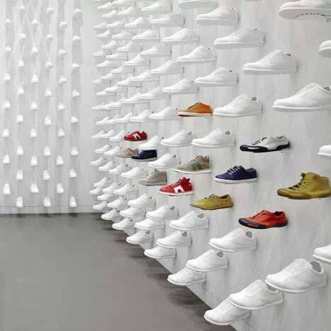 Sneaker display hacked by idbte4m id for Sneaker wall display